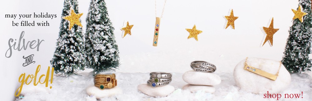 personalized jewelry for holiday gifts