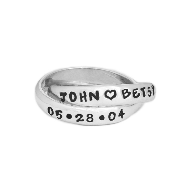 personalized couples ring with names