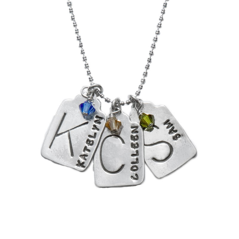 Personalized mothers necklace with stamp tags