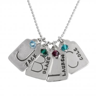 Necklace for mom with names and birthstones