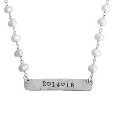 date bar necklace in silver and pearls