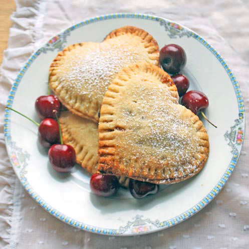 mini cherry pie for valentine's day
