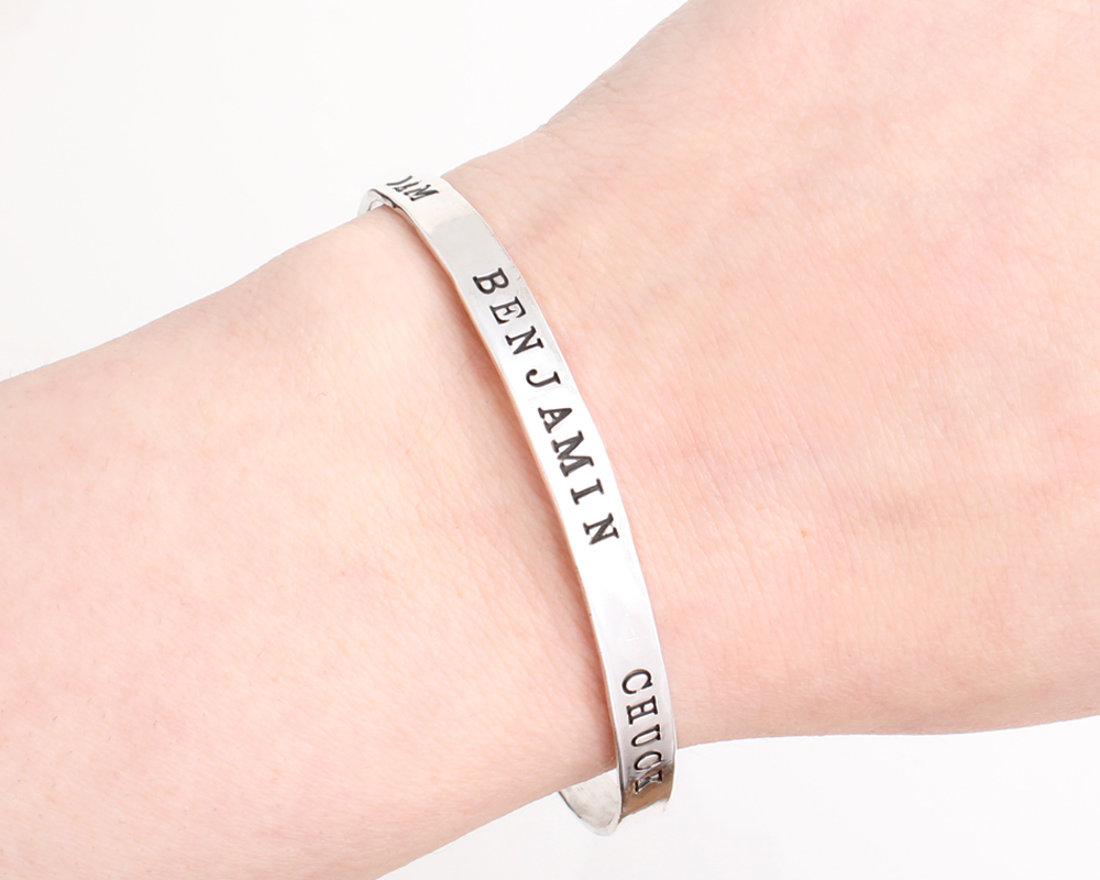 bangle bracelet with names around