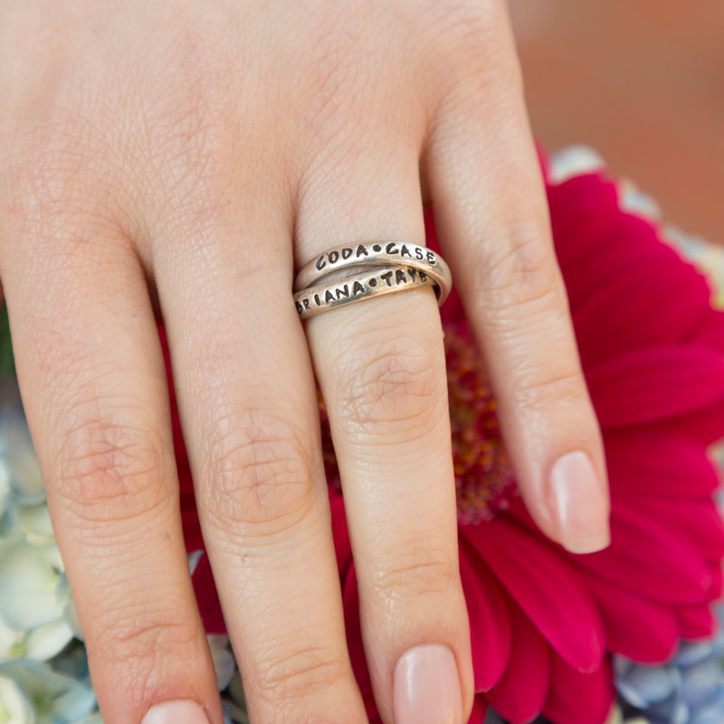 Double-Mothers-Name-Ring-for-4-kids